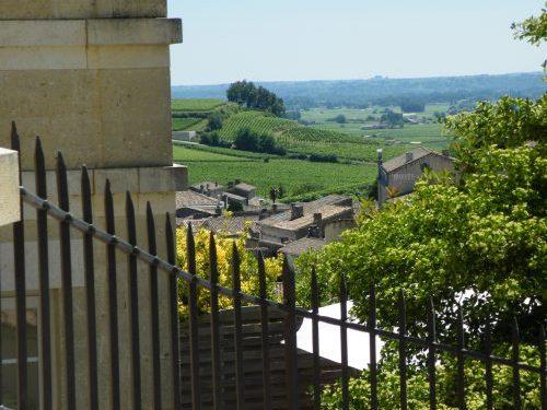 village médiéval de Saint-Emilion wine tour Bordeaux la route des vins de Bordeaux